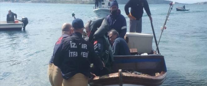 Egede denizinde eğitim uçağı düştü, 2 pilot kurtarıldı