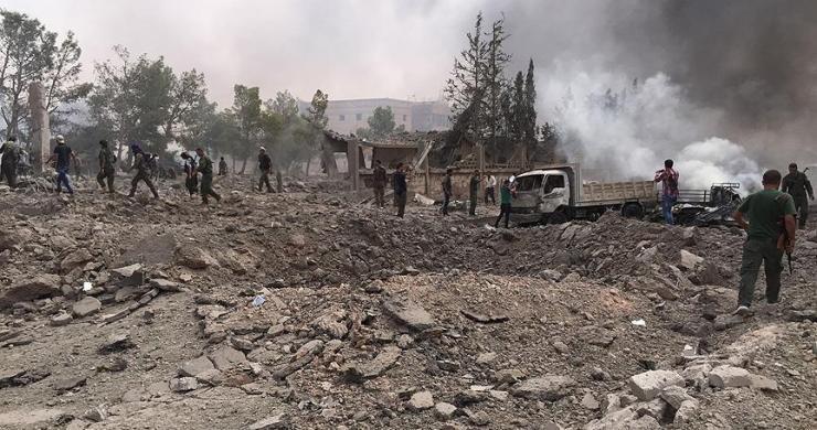 El Bab'ın kuzeyinde ÖSO karargahına bombalı araçla saldırı