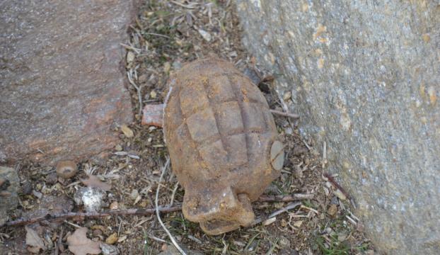 Kurtuluş Savaşından kalma el bombası imha edildi
