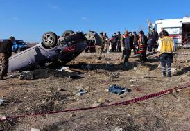 Elazığ'da acı olay: Bebeğini emzirmeye giden kadın kazada öldü