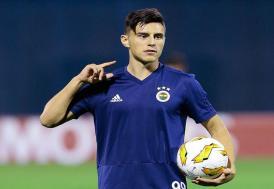 Fenerbahçe, Eljif Elmas'ın transferini borsaya bildirdi