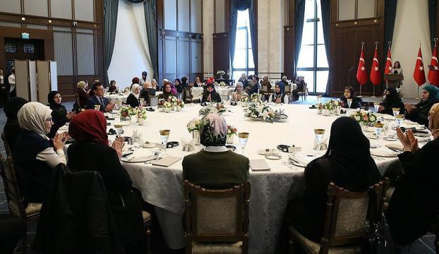 Emine Erdoğan Suriyeli kadınları kabul etti