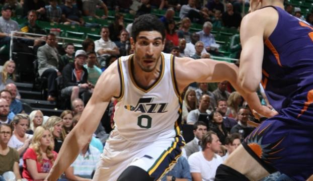 Enes Kanter, Utah Jazzı galibiyete taşıdı