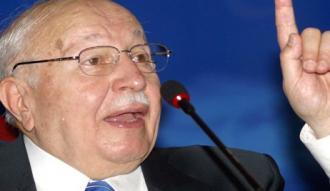 Öğrenciler Necmettin Erbakan'ı andı