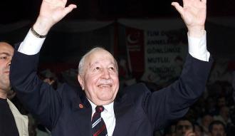 Necmettin Erbakan, vefatının 6. yılında anılıyor