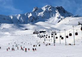 Erciyes'e yağan kar işletmecileri sevindirdi