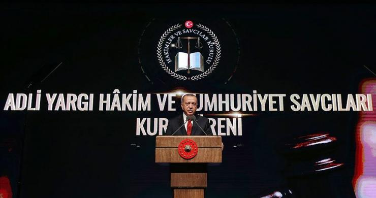 Cumhurbaşkanı Erdoğan: Türkiye'nin bir daha kötü günlere dönmesine izin vermeyeceğiz