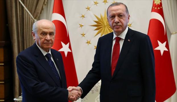 Erdoğan Bahçeliyi evinde ziyaret etti