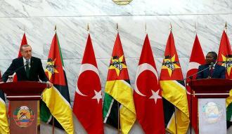 Cumhurbaşkanı Erdoğan Mozambik'e FETÖ uyarısı