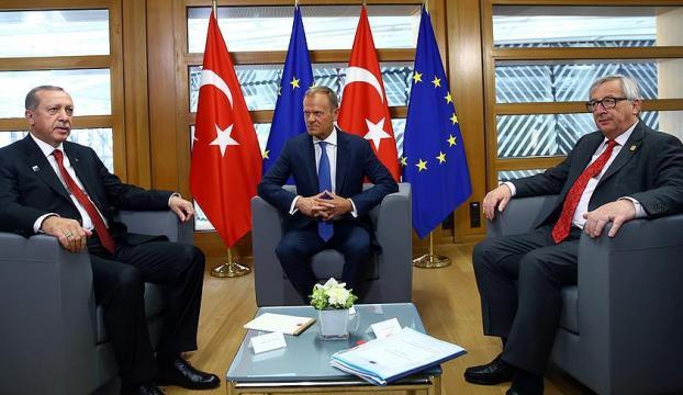 Cumhurbaşkanı Erdoğan, Tusk ve Junker ile görüştü
