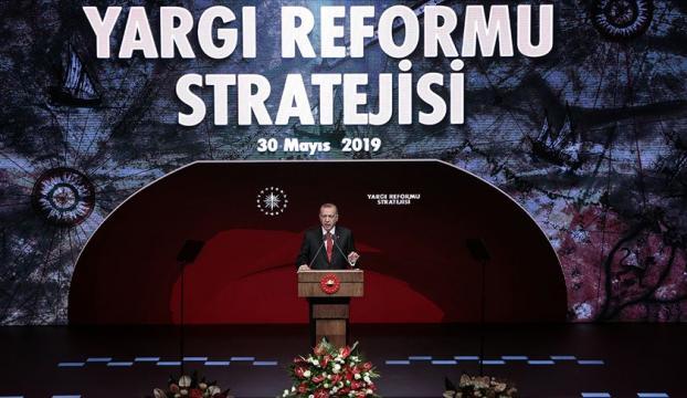 Cumhurbaşkanı Erdoğan yargı reformu stratejisi programında
