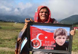 """Şehit Eren Bülbül'ün annesi: """"Şehit yavrum tüm Türkiye'nin acısı oldu"""""""