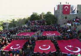 Erzurumda 'binler' ecdada saygı için yürüdü