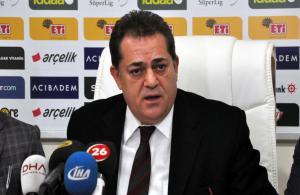 """Eskişehirspor yönetiminden """"devam"""" kararı"""