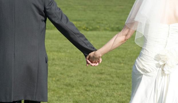 İkinci kez evlendiği için işten atıldı