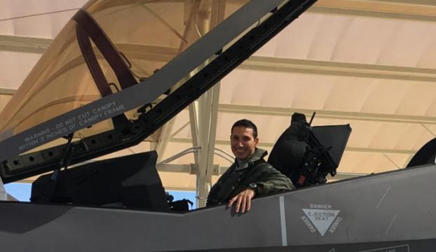 Türk savaş pilotu, F-35 uçağı ile ilk uçuşunu gerçekleştirdi