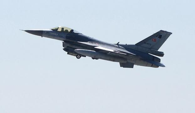 Türk F-16larına Yunanistandan taciz