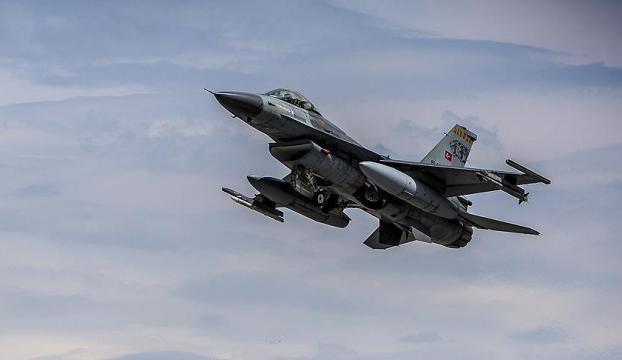 Kuzey Irakta saldırı hazırlığındaki teröristler uçaklarla vuruldu