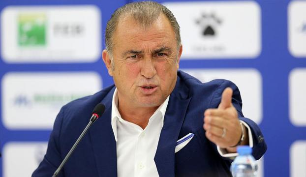 Türkiye Futbol Direktörü Fatih Terim görevinden ayrıldı