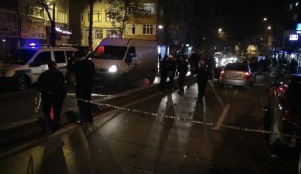Fatihte silahlı çatışma: 1 ölü, 3 yaralı
