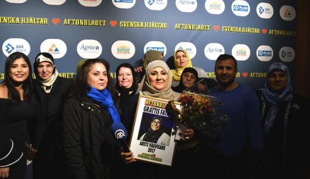 """İsveçte """"yılın kahramanı"""" bir Türk kadını"""