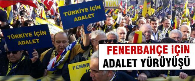 Fenerbahçeliler Cadde'ye akıyor