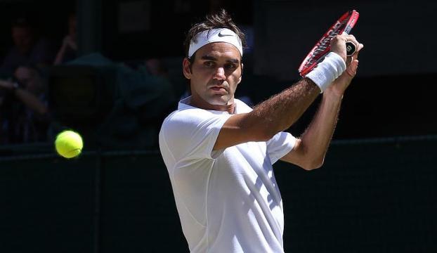 Federer tenise devam edecek
