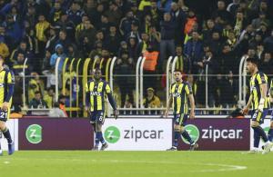Fenerbahçe, Sivasspor'u konuk ediyor