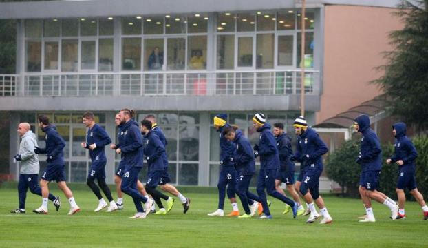 Fenerbahçede Denizlispor maçı hazırlıkları