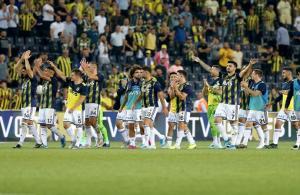Fenerbahçe açılışı farklı yaptı