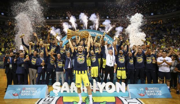 Fenerbahçe, Lauvergne ile 2 yıllık sözleşme imzaladı