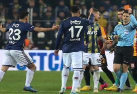 Fenerbahçe-Galatasaray derbilerine kartlar damga vuruyor