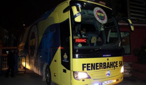 Fenerbahçe kafilesinde kapı krizi