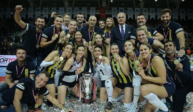 Fenerbahçe Kupa Voleyde şampiyon oldu