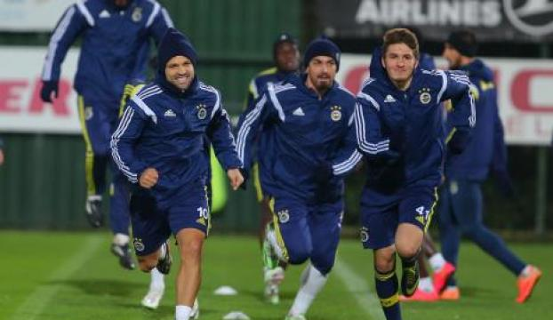 Fenerbahçede derbiye hazır