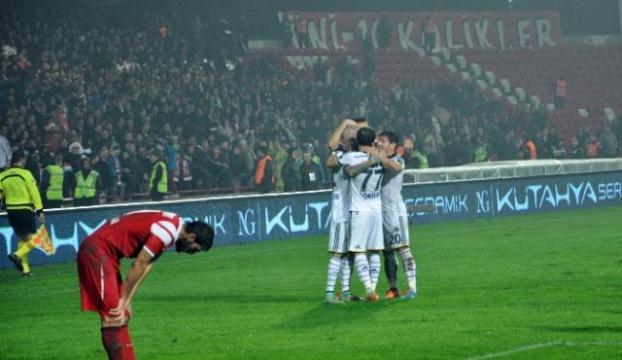 Fenerbahçeye Balıkesirde tek gol yetti!