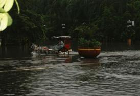 Hindistan'da muson mevsimi 774 can aldı