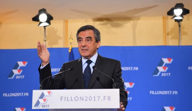 Fransada merkez sağın cumhurbaşkanı adayı Fillon oldu