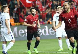 Türkiye, Finlandiya'yı iki golle geçti
