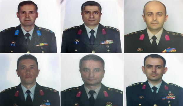Darbeci firari komutanların fotoğrafları basına dağıtıldı