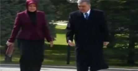 testAbdullah Gül'den First Lady'ye fırça