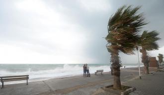 """İstanbul için """"kuvvetli fırtına"""" uyarısı"""