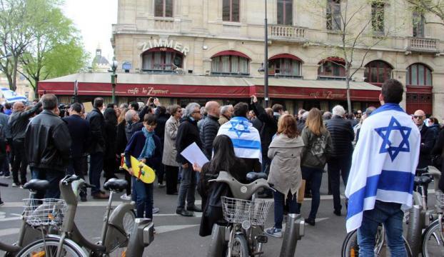 Fransada Filistin karşıtlarından AA muhabirine saldırı