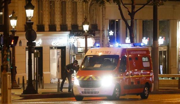 Fransanın başkenti Pariste polise silahlı saldırı!