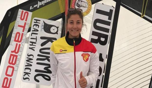 Milli sörfçü Fulya Ünlü, dünya ikincisi oldu