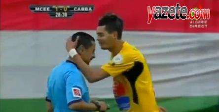 Sarı kart görünce, hakeme bakın ne yaptı!