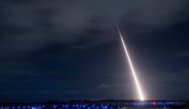 İsrail, Arrow 3 füze savunma sistemini test etti