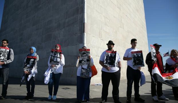 Washingtonda Sisi protesto edildi