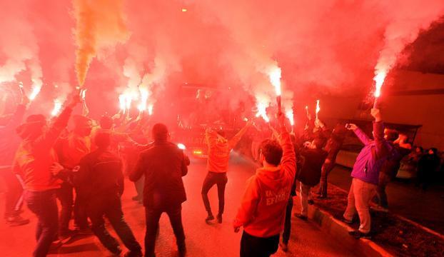 Galatasaray kafilesi Karabükte böyle karşılandı