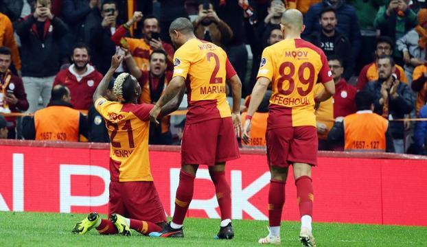 Galatasarayın gol yükünü orta saha çekiyor